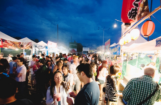 t and t night market